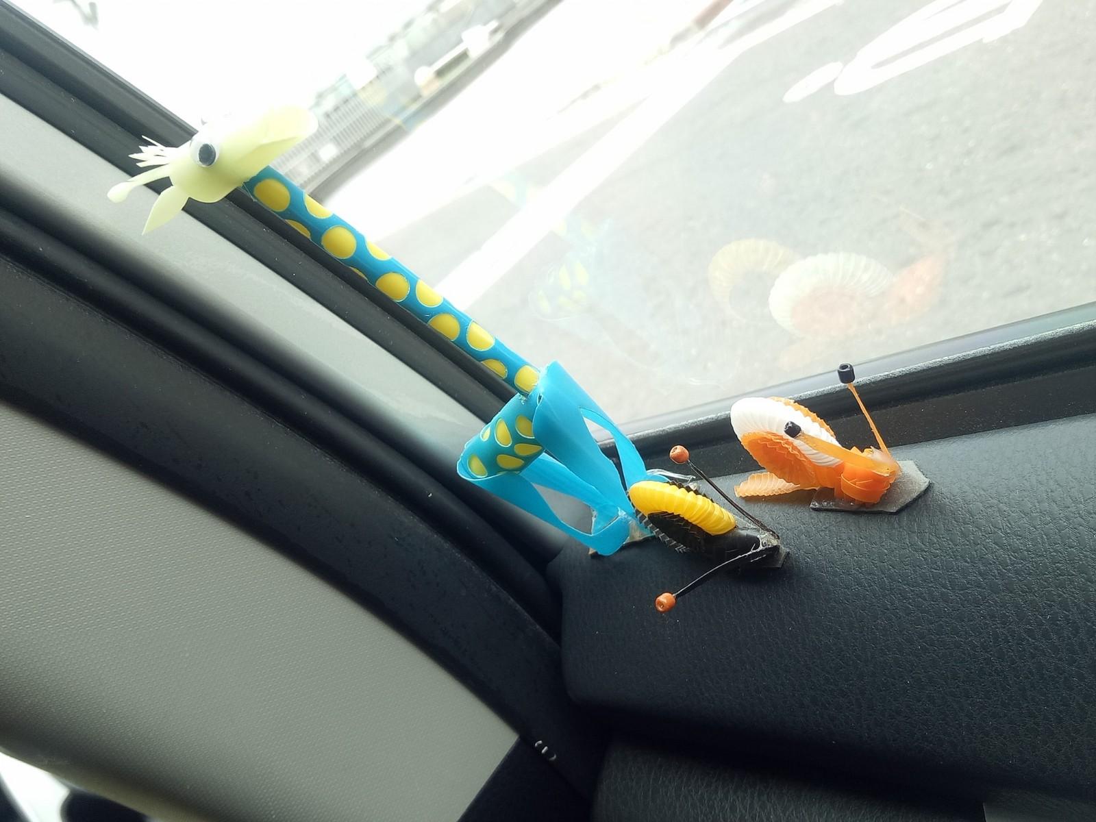 最強運將 計程車司機打造 超精美吸管手工作品 一抬頭 逼真蟲蟲